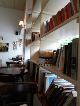 Cafe Noah Bookshelf