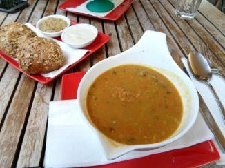 Nelly Kitchen: Lentil Soup